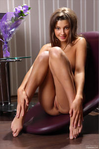 [Image: th_403124315_Tara_mpl_pleasure_seeker_2_122_379lo.jpg]