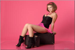 http://img251.imagevenue.com/loc518/th_255024741_tduid300163_sandrinya_model_pinkmini_teenmodeling_tv_058_122_518lo.jpg