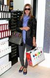 Nicky Hilton - Страница 4 Th_80252_celebrity_paradise.com_TheElder_NickyHilton2010_03_19_stopsbyTheSugarFactory8_122_583lo