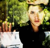 http://img251.imagevenue.com/loc588/th_48579_Jensen_Ackles-000077_Michael_Muller_photoshoot_122_588lo.jpg